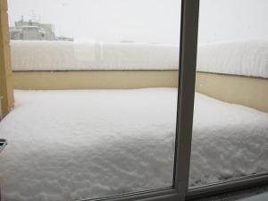 pe balcon 2